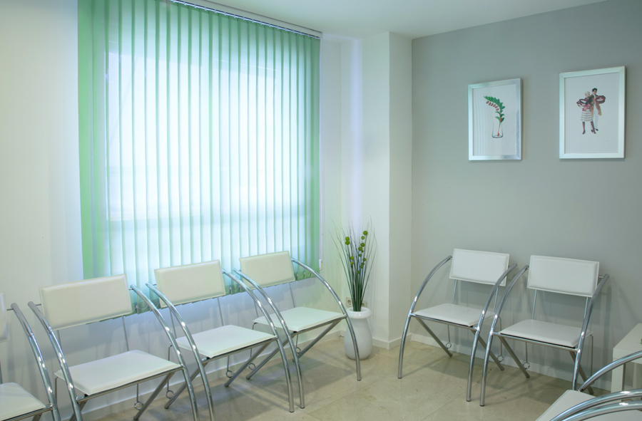 Cisne Dental Clinic Patients Waiting Room in Madrid